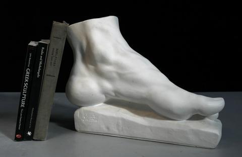 152-Hercules-Foot-1_large