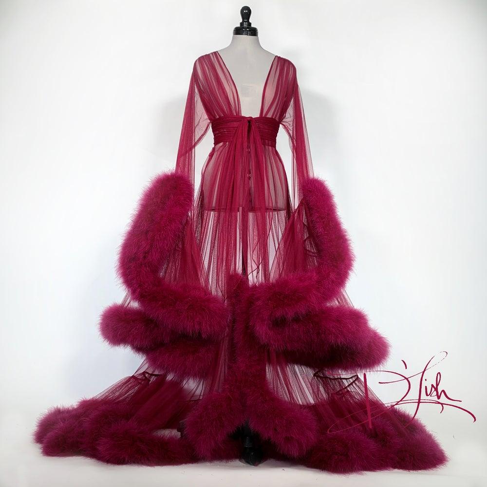 deluxe femme fatale robe